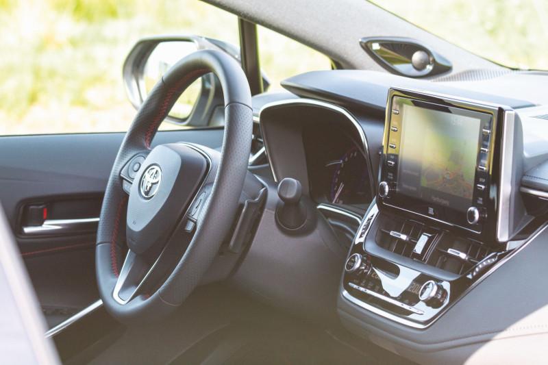 Strak in z'n trainingspak: Toyota Corolla Touring Sports GR Sport Plus (2020)
