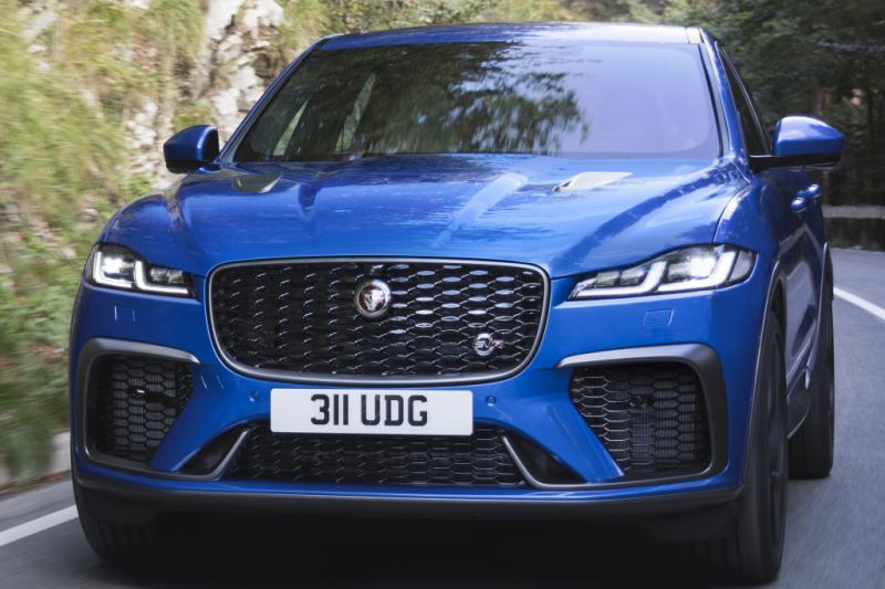 Sint, mogen wij een nieuwe Jaguar F-Pace SVR in onze schoen?