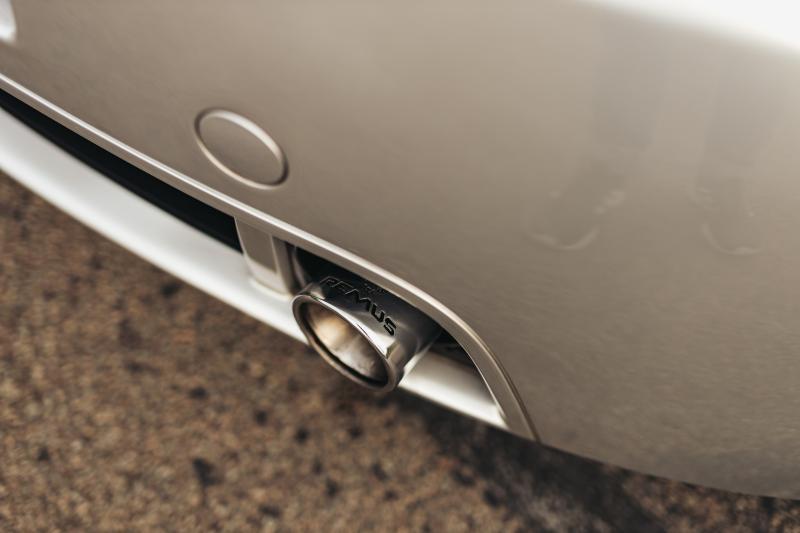 Renault Clio Sport V6 vs. Volkswagen New Beetle RSi: Wie heeft de dikste kont?
