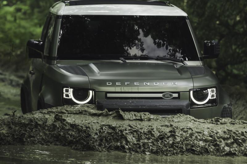 Test - De Land Rover Defender 90 is kort, maar krachtig