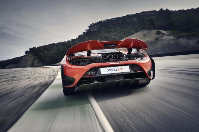 McLaren 765LT heeft 765 pk in z'n lange achterwerk liggen