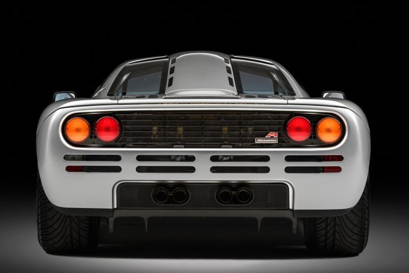 Wist je dat de McLaren F1 lichten van een Nederlandse bus heeft?
