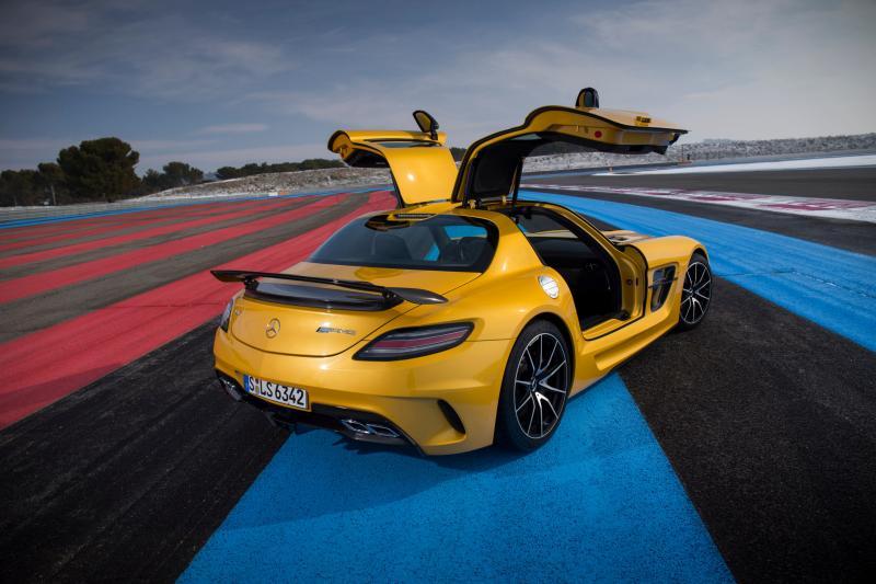 Die Mercedes-AMG GT Black Series kan er ook nog wel bij ...