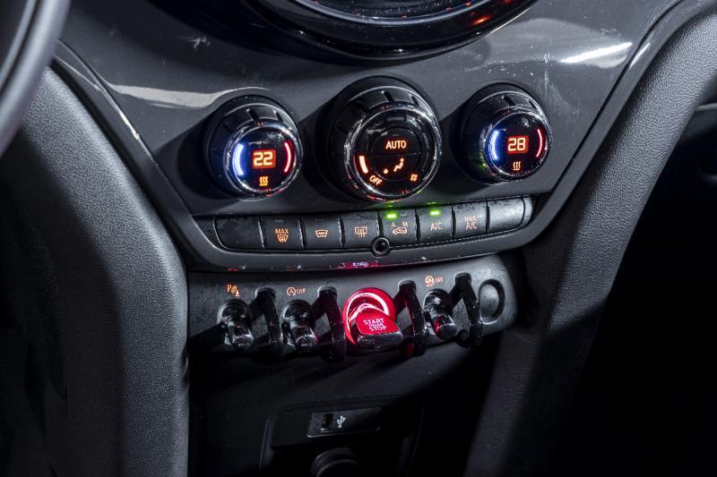 Test Audi Q2, Kia Stonic en Mini Countryman: hoe diep zijn jouw zakken?