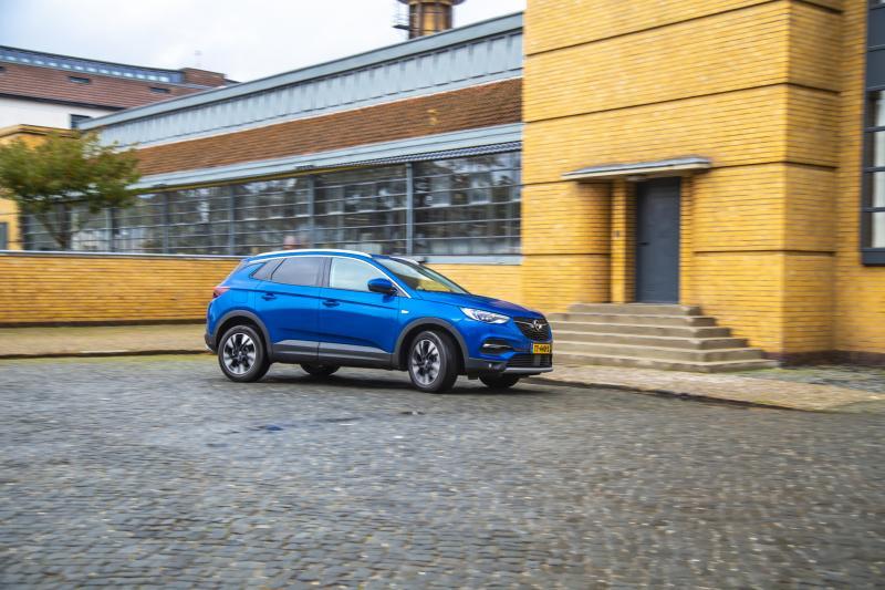 Ook de Opel Grandland X krijgt een Opel Manta-neus