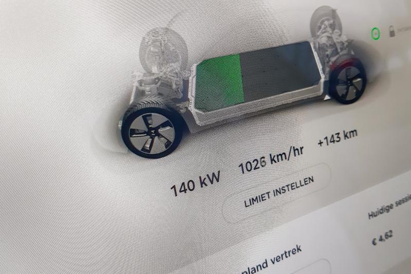 Prueba: el Tesla Model 3 eléctrico podría necesitar algunas mejoras