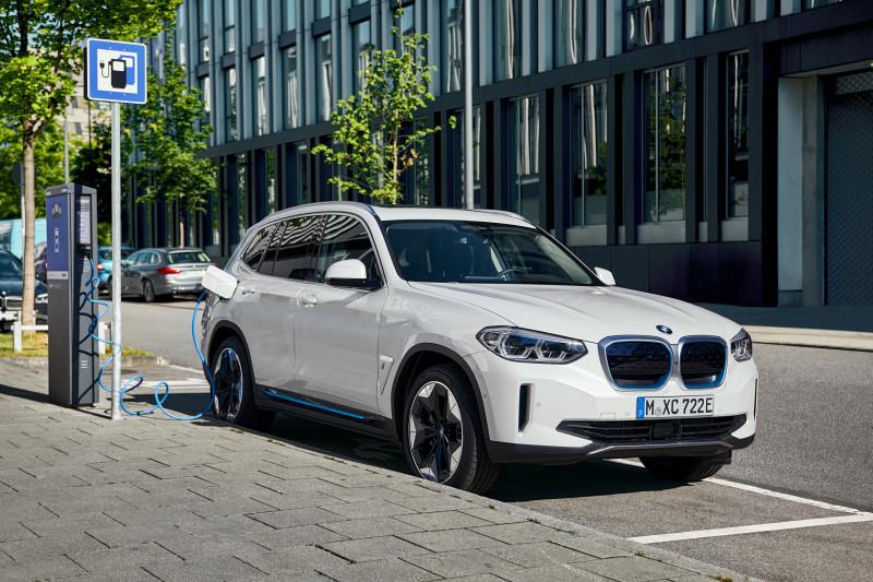 Met de BMW iX3 start BMW's elektro-offensief pas echt