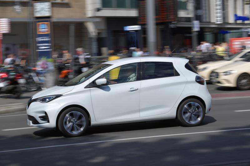 Opel Corsa-e vs. Renault Zoe: prijs, private lease en ruimte vergeleken