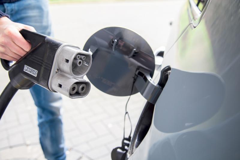 11 weetjes over snelladen met elektrische auto's