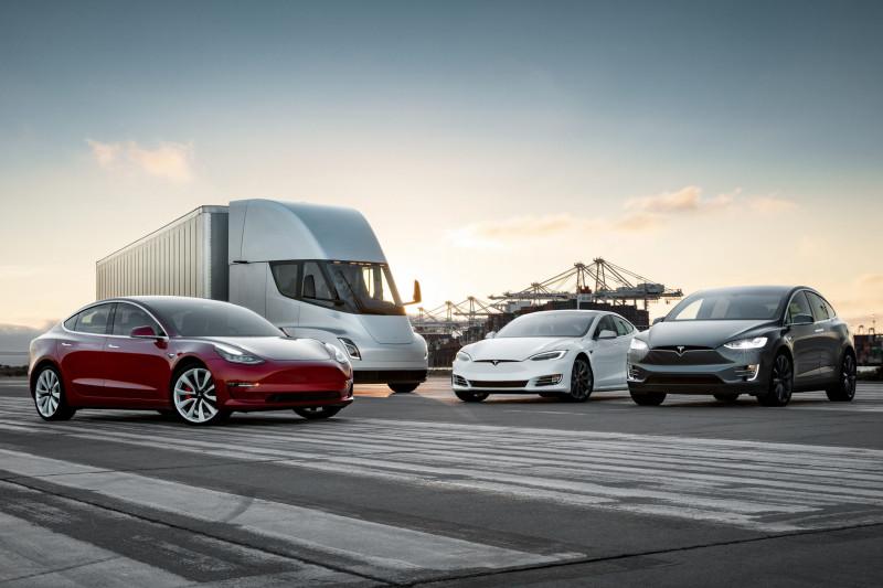 Productie stilgelegd - Niemand wil meer een Tesla Model S of Model X