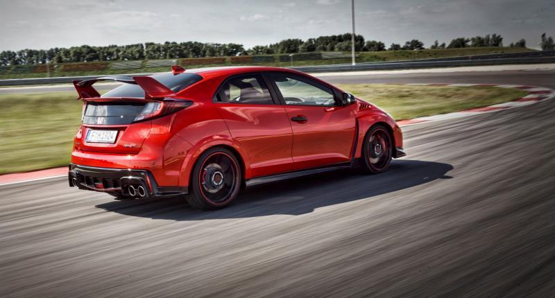 Mooi rood is niet lelijk op de Honda Civic Type R