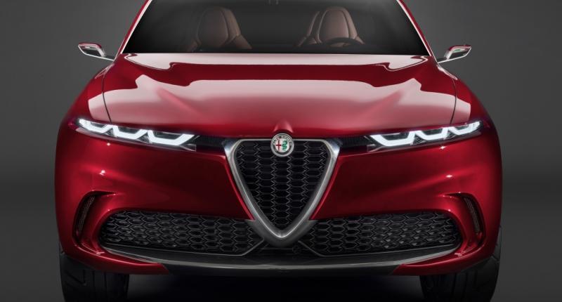 'Wij verkopen auto's, geen iPads!' Alfa Romeo doet niet mee aan de grote schermen-trend