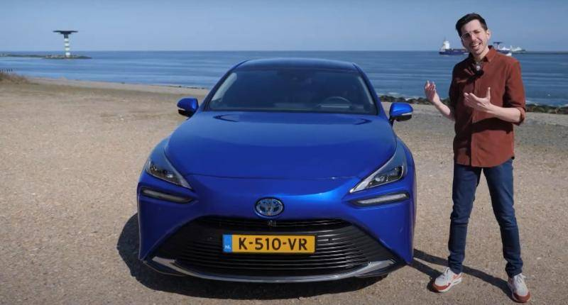 VIDEO REVIEW - Is de Toyota Mirai op waterstof werkelijk de toekomst?
