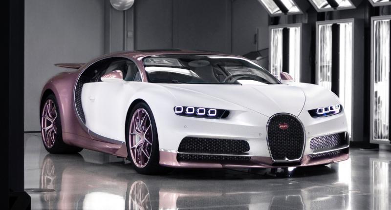 Niks bosje bloemen! Man geeft vrouw Bugatti Chiron voor Valentijnsdag