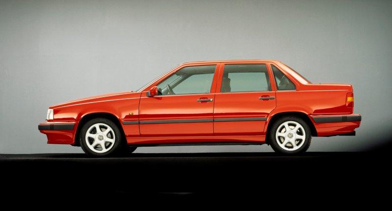 Volvo 850 - De redder van Volvo viert zijn dertigste verjaardag