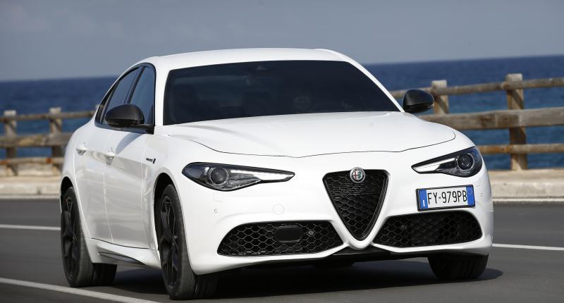 Staat de vernieuwde Alfa Romeo Giulia zijn mannetje tegenover de BMW 3-Serie?