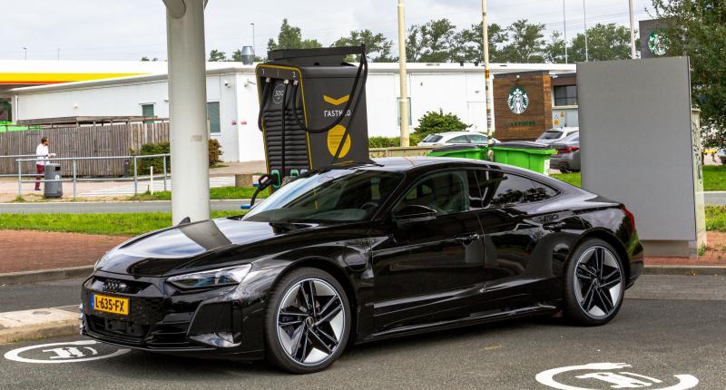 3 voordelen en 3 nadelen van de elektrische Audi E-Tron GT