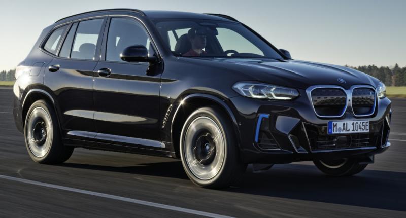 BMW jokt over facelift! Zo 'geheel nieuw' is de elektrische BMW iX3 niet