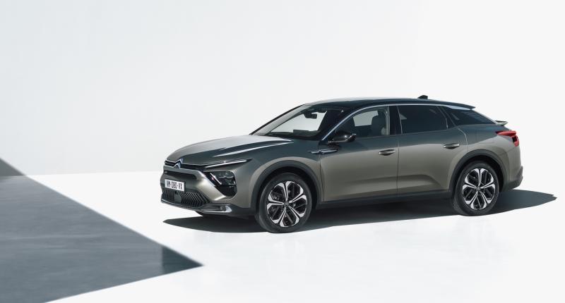 De nieuwe Citroën C5 X (2022) is géén stationwagon of SUV ... (maar wel een plug-in hybride)