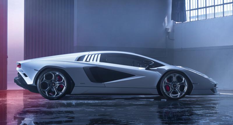 Lamborghini Countach-ontwerper Marcello Gandini haat de nieuwe Countach LPI 800-4!