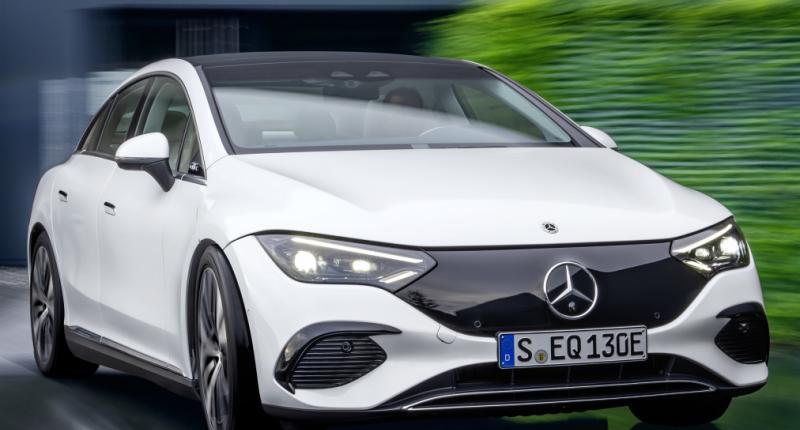 Dit is de volledige elektrische Mercedes EQE! Denken we ...