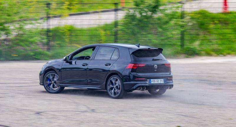 Test Volkswagen Golf R - Hoera, de R is weer in de Golf!