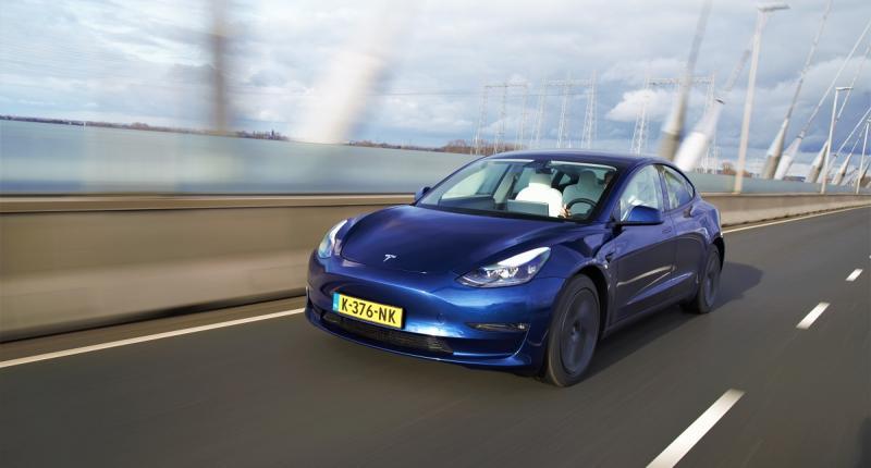Eerste review: vernieuwde Tesla Model 3 (2021) snoert critici de mond