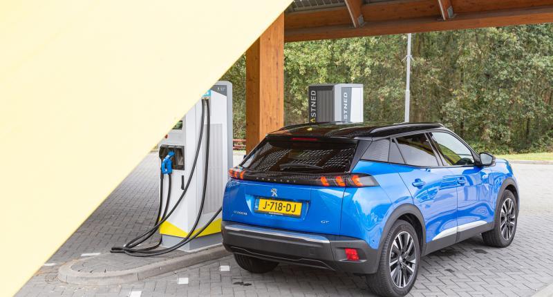 Overheid schroeft subsidie voor elektrische auto's nóg verder terug