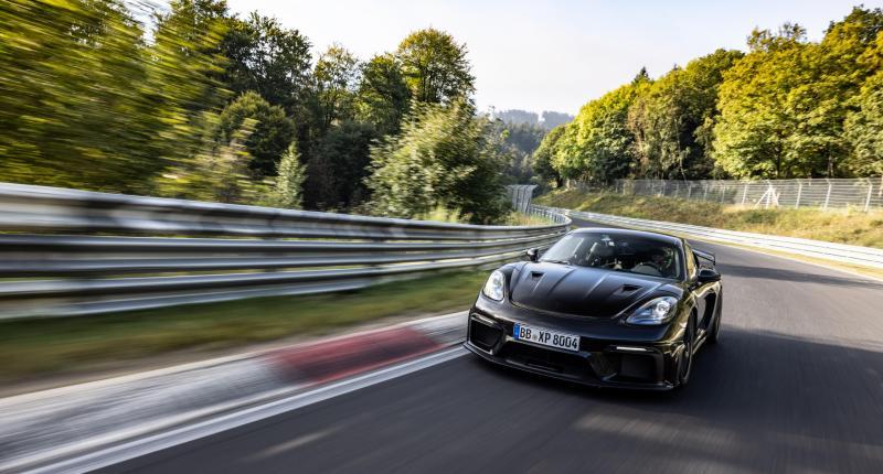 Waarom de gemiddelde 911-rijder het in zijn broek doet voor deze Porsche Cayman