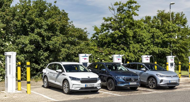 Test - elektrische Mercedes EQA krijgt lesje 'inpakken' van Skoda Enyaq en VW ID.4