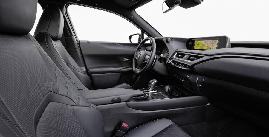 Waarom de elektrische Lexus UX300e opeens 10.000 euro goedkoper is