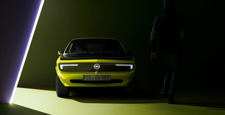 Elektrische Opel Manta GSe praat je de oren van het hoofd