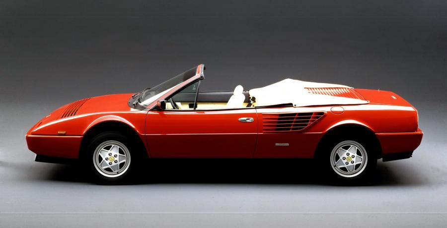 Brandweerduikers Amsterdam vinden Ferrari op bodem van het IJ