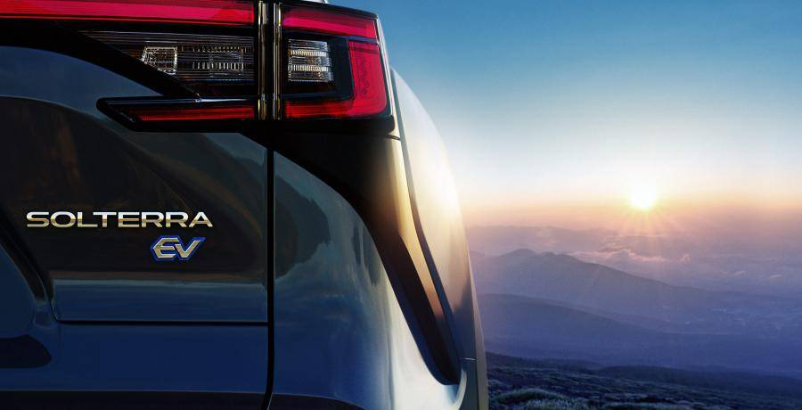 De elektrische Subaru Solterra is een Toyota bZ4X in (lichte) vermomming