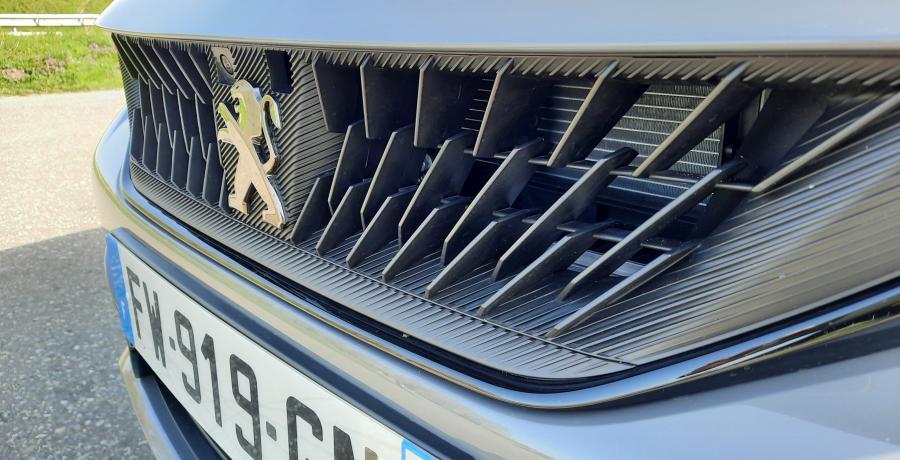 Test Peugeot 508 PSE: snelste straat-Peugeot ooit verslaat Porsche Taycan