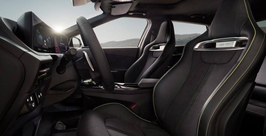 De elektrische Kia EV6 is wel héél sterk! Voor een Kia ...