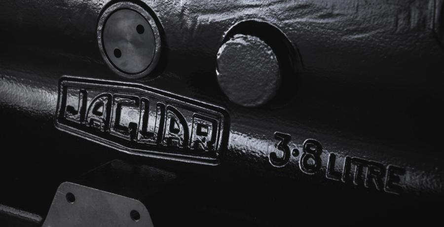 Mooi als koffietafel! Jaguar verkoopt weer nieuwe E-Type-motorblokken