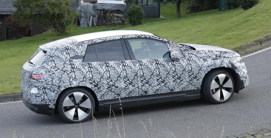 Er was toch al een elektrische Mercedes EQE? Ja, maar dit is de EQE SUV