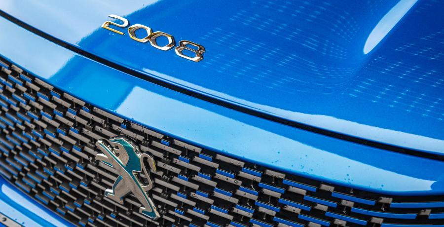 3 voordelen en 3 nadelen van de elektrische Peugeot e-2008