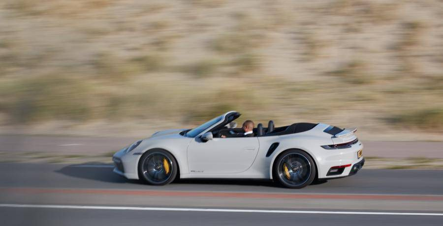 Eerste review - Is de Porsche 911 Turbo S Cabriolet dé ultieme sportwagen?