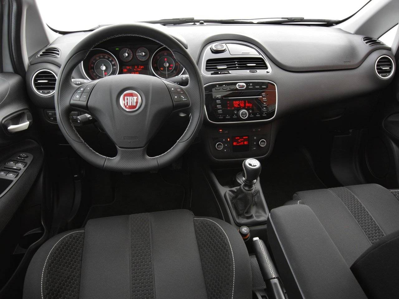 Sportpedale besides Couvercle De Boite A Fusible moreover Serrure De Coffre Alfa Romeo Spider together with Fiat Punto additionally Abarth Punto Evo Car Wallpaper. on 2012 fiat punto abarth