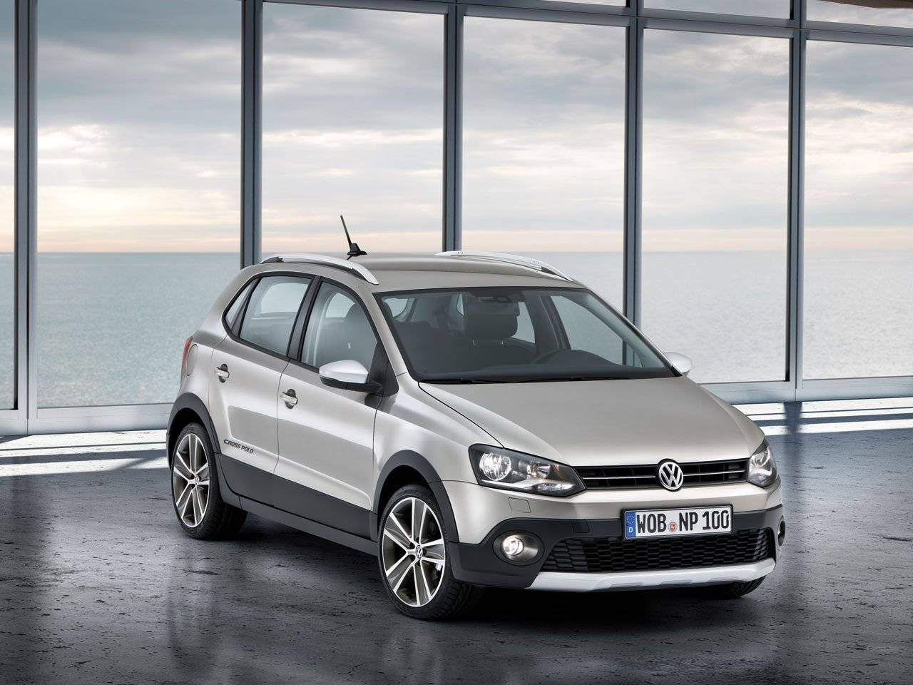 volkswagen polo gamma compleet met crosspolo autonieuws. Black Bedroom Furniture Sets. Home Design Ideas