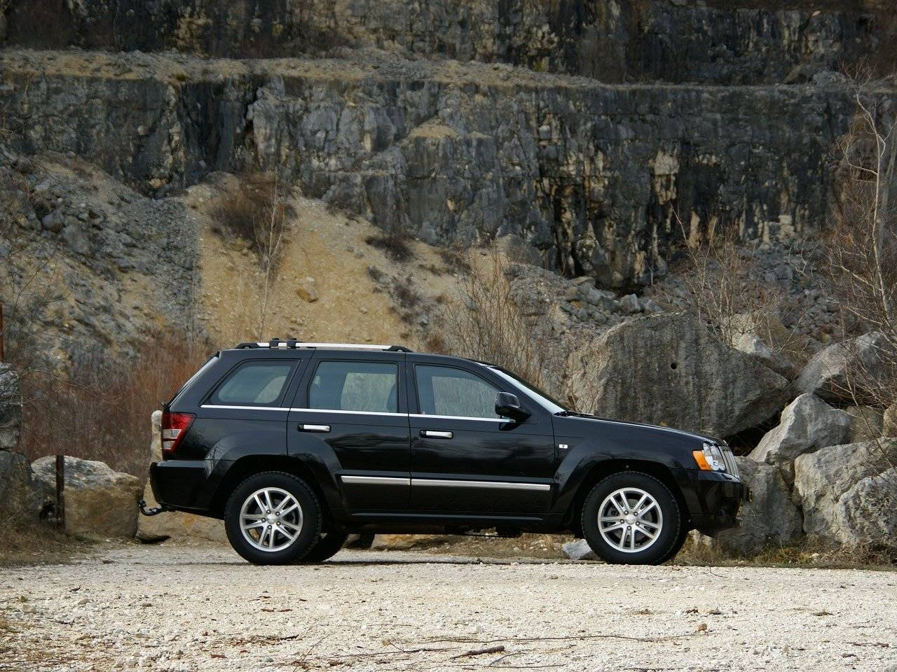 test jeep grand cherokee autotests. Black Bedroom Furniture Sets. Home Design Ideas