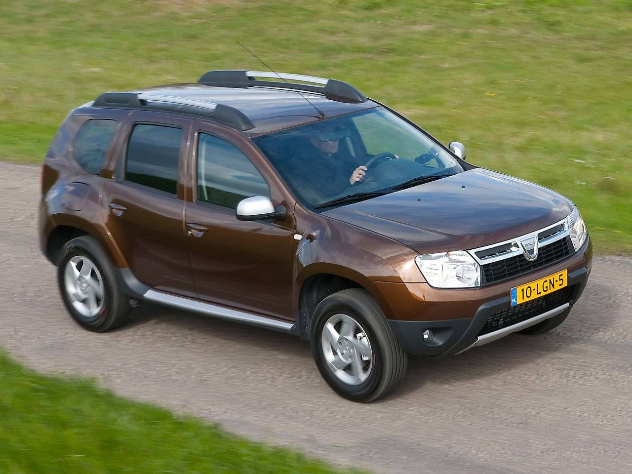 test dacia duster autotests. Black Bedroom Furniture Sets. Home Design Ideas