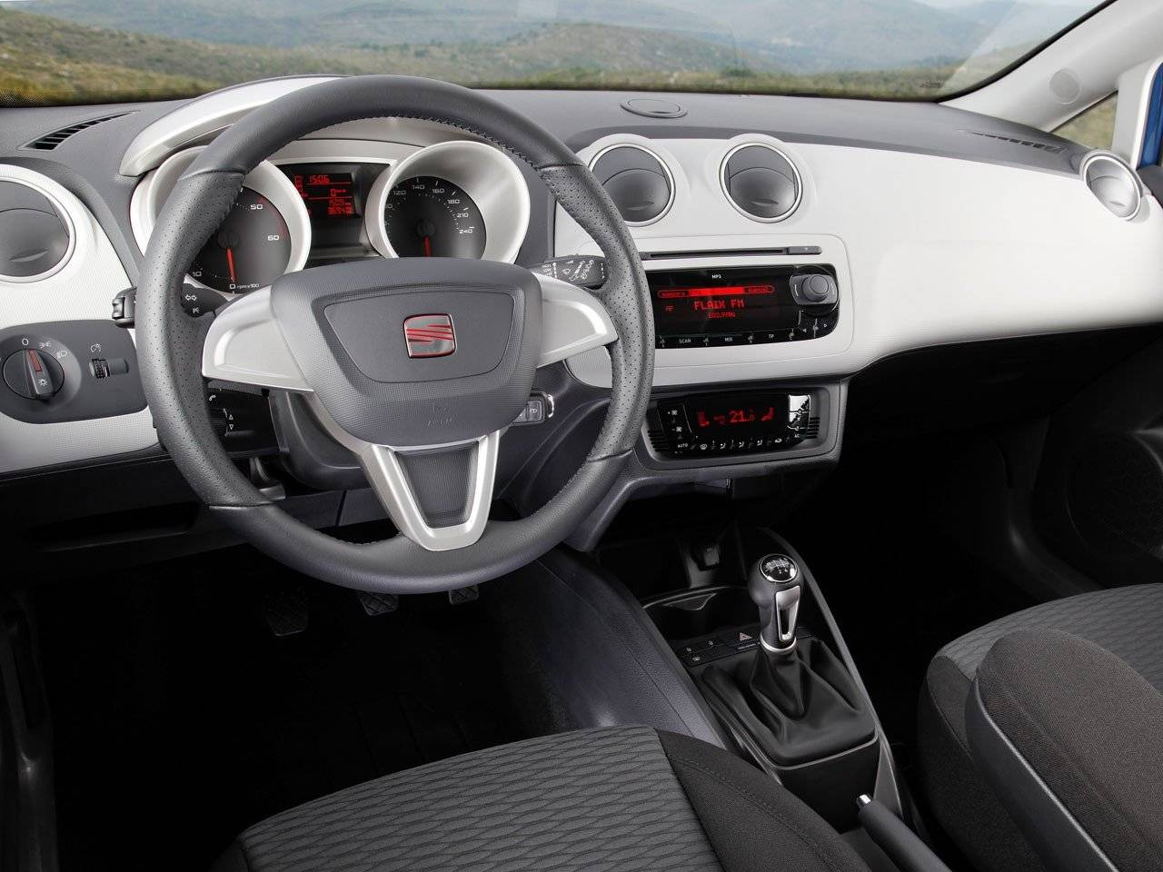 test seat ibiza st autotests. Black Bedroom Furniture Sets. Home Design Ideas