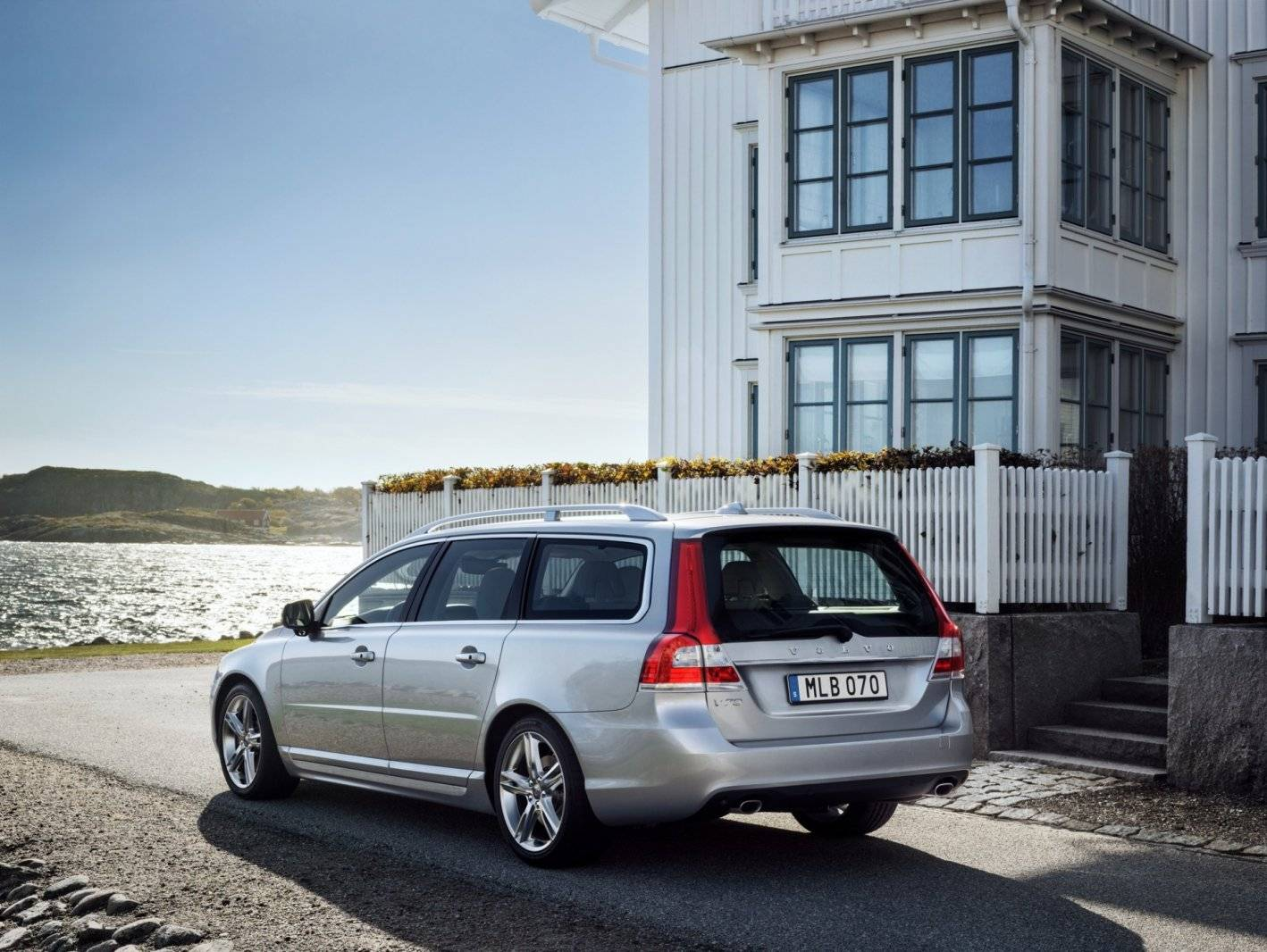 volvo v70 en xc70 schoner en luxer autonieuws. Black Bedroom Furniture Sets. Home Design Ideas