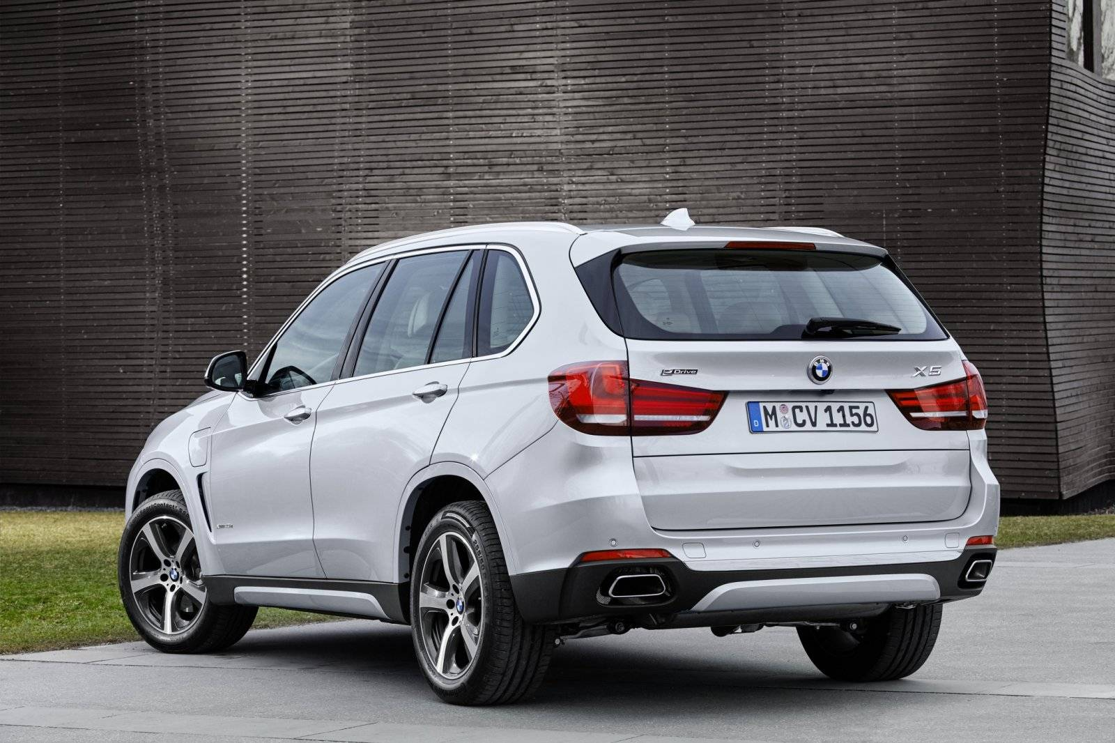 test autotest bmw x5 phev autotests. Black Bedroom Furniture Sets. Home Design Ideas