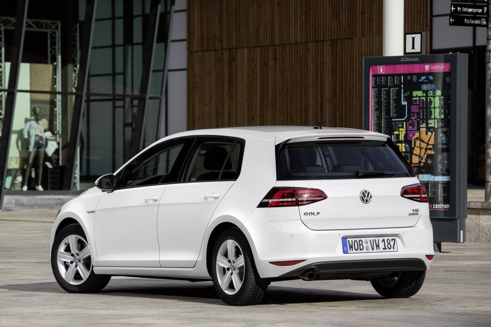 test volkswagen golf  tsi bluemotion autotests autowereldcom