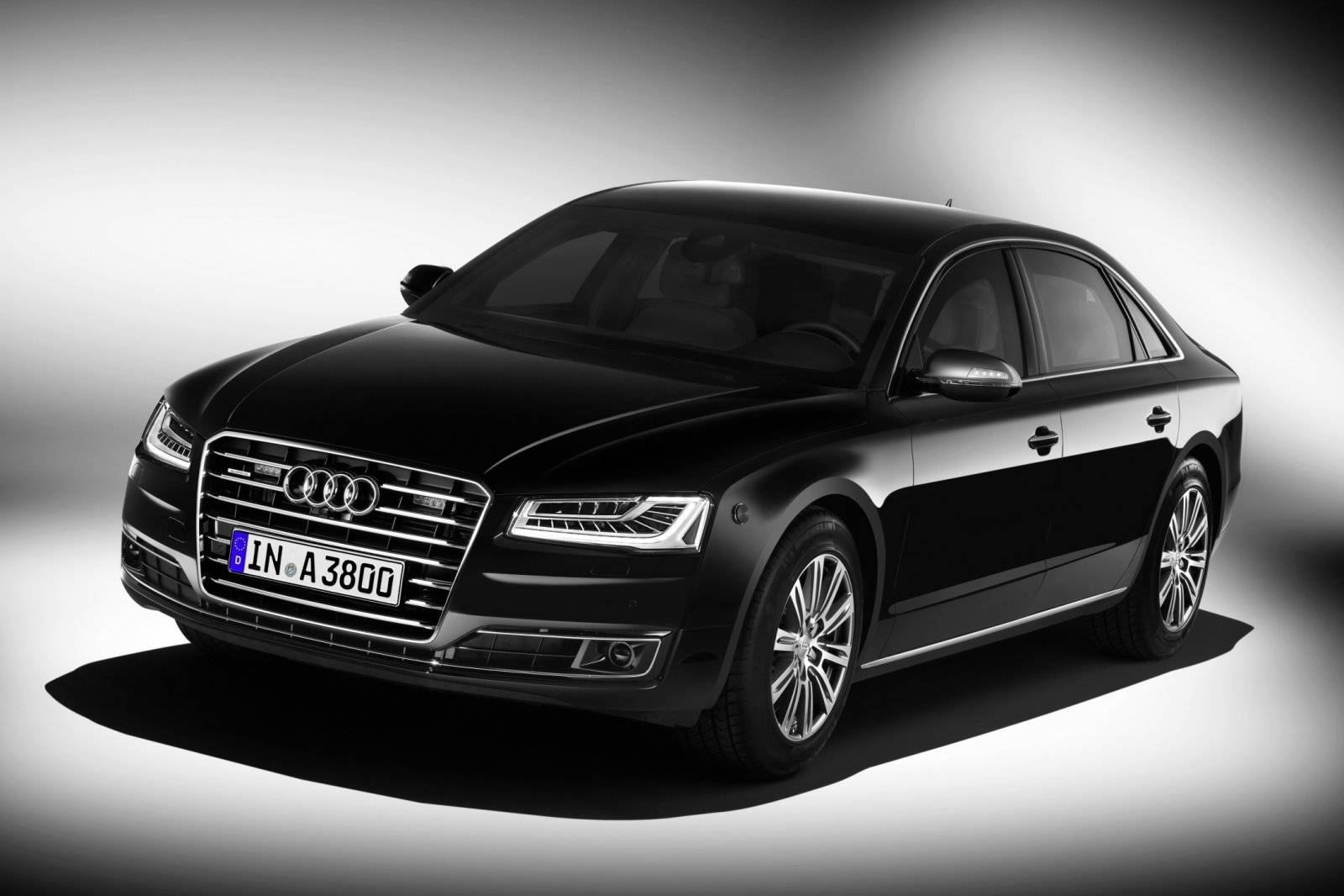 extra staal voor audi a8 l security autonieuws. Black Bedroom Furniture Sets. Home Design Ideas