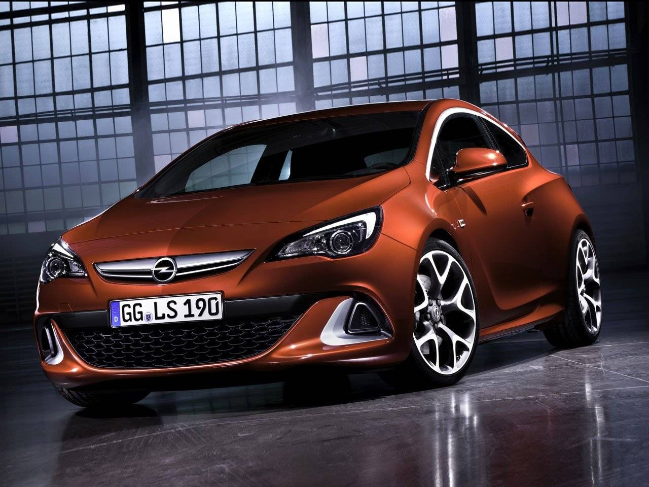 snelste astra ooit nieuwe opel astra gtc opc autonieuws. Black Bedroom Furniture Sets. Home Design Ideas